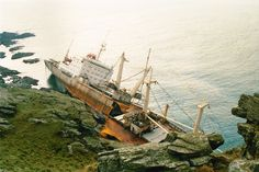 www.cyber-heritage.co.uk wreck2.jpg