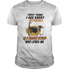 BASSET HOUND is fist thig i see every morning who love me