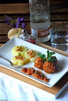 CHEZ SILVIA: Albóndigas al oporto con patatas al vapor.