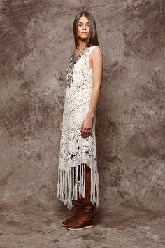 Vestido de ganchillo en color crudo con flecos - 156,00€ : Zaitegui - Moda y ropa de marca para señora en Encartaciones