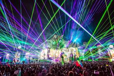 Listen to sets from Tiesto, Kaskade, Disclosure, and more at EDC Las Vegas 2015 Electric Daisy Festival, Electric Daisy Carnival, Festival Photography, Amazing Photography, Photography Business, Edc Las Vegas, Festival Camping, Hippie Costume, Electric Forest