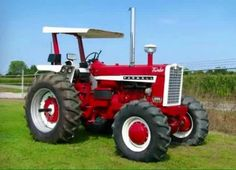 International Tractors, International Harvester, Farmall Tractors, Red Tractor, Classic Tractor, Vintage Tractors, Ih, Agriculture, Advertising