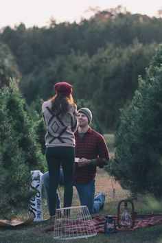HowHeAsked – Marriage Proposal Ideas Say Yule Be Mine with these Christmas Proposal Ideas