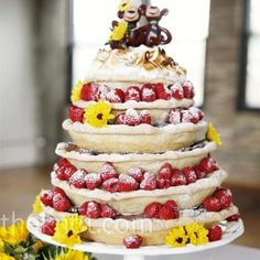 Tradition is all well and good, but with these quirky wedding cake alternatives you're sure to have a unique centre-piece on your day. Alternative Wedding Cakes, Unusual Wedding Cakes, Wedding Cake Alternatives, Pi Day Wedding, Pie Wedding Cake, Wedding Ideas, Wedding Wishes, Wedding Topper, Spring Wedding