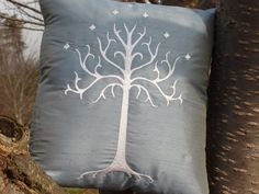 Lord of the Rings (LOTR) White Tree of Gondor embroidered throw pillow - from etsy seller lynellen    Definitely decorating my living room like this.