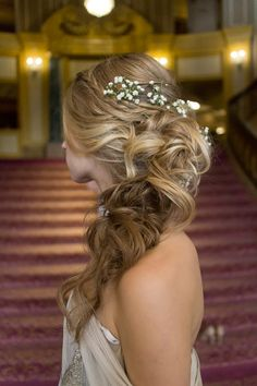 Braided, curled pony ~ we ❤ this! moncheribridals.com