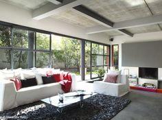 aménagement deco salon gris blanc rouge | Salons, Room and Living rooms