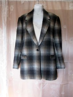 Vintage Wool Plaid Boyfriend Jacket by Camden by jonscreations