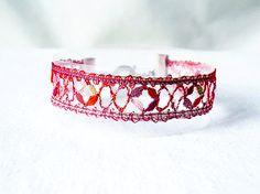 Armband handgeklöppelt aus Kunstgarn  rot Verschluss von UliBaysie
