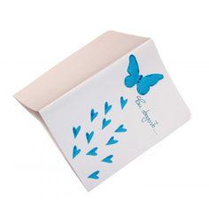 Felicitări din hârtie, lucrate manual, în combinaţii de culori și modele, potrivite pentru diferite ocazii.