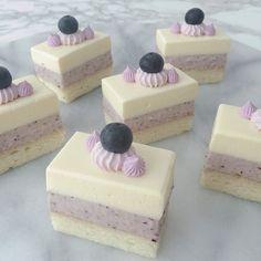 Flan, Cupcake Soap, Sweet Desserts, Cobbler, Eat Cake, Blueberry, Cheesecake, Treats, Baking