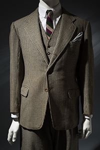 A 1935 Anderson & Sheppard suit from the Elegance in an Age of Crisis exhibit at the Fashion Institute of Technology.