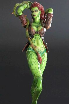Play Arts Kai Poison Ivy (Batman: Arkham City) by Square Enix: £49.99 (saving 28% against the RRP)