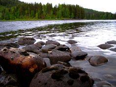Numedalslågen river, Norway