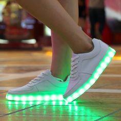Nuevo 2016 8 Colores LED Luminosos Zapatos Zapatos para Adultos Hombres y Mujeres Brillantes Zapatos Unisex Led de Carga USB Luz chaussure lumineuse(China (Mainland))