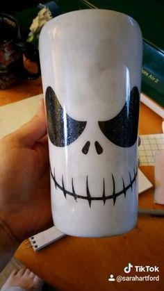 Diy Tumblers, Personalized Tumblers, Custom Tumblers, Halloween Cups, Halloween Season, Halloween Crafts, Diy Epoxy, Tumbler Cups, Crafts To Sell