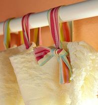 "DIY ~ Ribbon Curtain ""Hooks"" would be cute with lace curtains Ribbon Curtain, Curtain Ties, Curtain Hangers, Fabric Ribbon, Curtain Holder, Diy Ribbon, Glitter Ribbon, Pink Fabric, Pink Glitter"