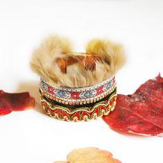Bracelet manchette bohème, lapin, marron, beige, rouge, galons passementerie anciens, ruban velours, doublure cuir, bracelet manchette - pinned by pin4etsy.com