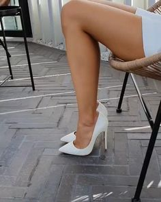Sexy Legs And Heels, Hot Heels, Sexy High Heels, Womens High Heels, Stockings Heels, Nylons Heels, Stiletto Heels, Pernas Sexy, Walking In High Heels