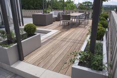 posezení na střešní zahradě / seating on the roof garden