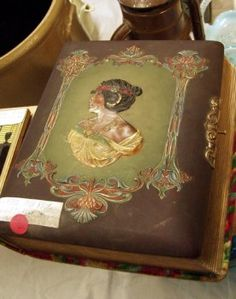 Moorhead Center Mall Antique and Collectible Show | Collectors' Blog
