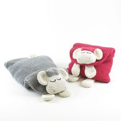 Sleep sheep pyama holder from Amigurumi & More