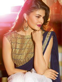 OFF-WHITE NAVY BLUE JACQUELINE FERNANDEZ SAREE Mode Bollywood, Bollywood Saree, Bollywood Fashion, Bollywood Actress, Bollywood Makeup, Jacqueline Fernandez, Indian Celebrities, Bollywood Celebrities, Celebrities Fashion