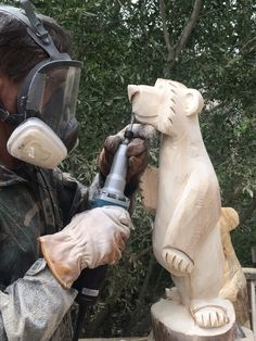 Chainsaw Carvings - Hand carved, friendly and welcoming custom carved bears make for a unique and special addition to any home. Great gift idea for all occasions. One of a kind bear carvings with personality. Hand carved in Mammoth Lakes by Josh Slater