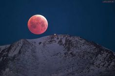 Blood Moon over Pikes Peak by Lars Leber Photography - April 04, 2015