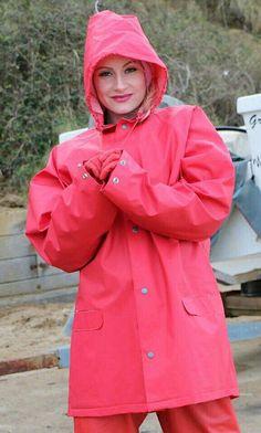 Raincoats For Women Hoods Key: 9779893437 Raincoat Jacket, Yellow Raincoat, Hooded Raincoat, Hooded Cloak, Rain Fashion, Latex Fashion, Women's Fashion, Country Wear, Waterproof Rain Jacket