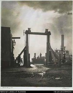 Ferry Milsons Point in by Harold Cazneaux. Botany Bay, Sydney City, Modern Pictures, Historical Images, Blue Mountain, Sydney Australia, East Coast, Worlds Largest, Past