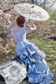 Victorian natural form-inspired corsetted gown by L'Atelier de LaFleur. Burlesque, Couture, Elegant Gloves, Toronto, Corset Costumes, Victorian Gown, Fantasy Gowns, Vintage Gothic, Historical Clothing