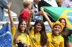 Proof That Brazil & Argentina Have Some Of The Hottest Football Fans In The World! Hot Football Fans, Football Ticket, World Football, Brazil World Cup, World Cup 2014, Fifa World Cup, Largest Countries, Countries Of The World, Brazil Vs Argentina