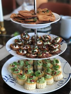 Appetizers For Party, Appetizer Recipes, Party Finger Foods, Yummy Eats, I Foods, How To Stay Healthy, Tapas, Brunch, Food And Drink
