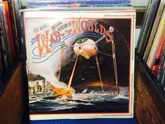 Vintage vinyl, double lp War of The Worlds book included inside, $25. our Facebook page https://www.facebook.com/Whatever-at-Willunga-118129198383581/timeline/