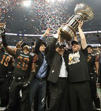 The Rattlers face a difficult  task to become the first team in Arena Football League  history to complete an unbeaten season. 9-0 5/20/2014