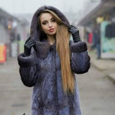 Blog for fashionable heels, boots and gloves :*