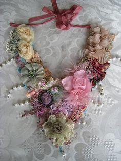 Special, Cameo bib necklace.