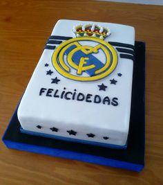 REAL MADRID CAKE 1 - Cake by Camelia