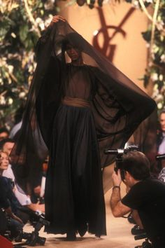 0250YSL Couture S-S 1988-Photo Guy Marineau