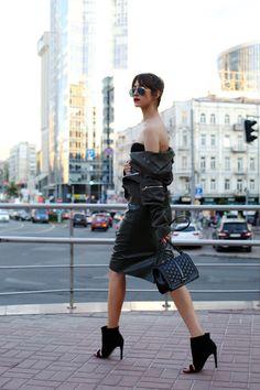 Tina Sizonova / New brand: BIALCON //  #Fashion, #FashionBlog, #FashionBlogger, #Ootd, #OutfitOfTheDay, #Style