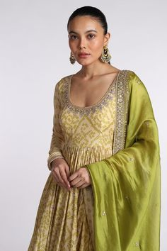 Raw Silk Lehenga, Sexy Blouse, Indian Designer Outfits, Indian Bridal, Traditional Dresses, Anarkali, Indian Wear, Silk Satin, Indian Fashion