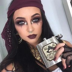 100 Brilliant Halloween Makeup Ideas to Copy This Year halloween pirate, loving the dramatic smokey eye, hoop earrings + hair accessories Halloween Makeup Pirate, Halloween Costumes For Teens, Halloween Party, Trendy Halloween, Pirate Costumes, Halloween Stuff, Vintage Halloween, Halloween Kleidung, Fantasias Halloween