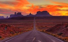 Monument Valley, Arizona and Utah, USA - Beautiful Places to Visit Amazing Places On Earth, Beautiful Places To Visit, Places To See, Nevada, New Mexico, Monument Valley, Photo Usa, Le Far West, Parcs