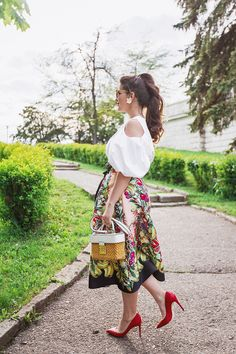 Love the outfit and great printed skirt