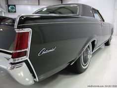 1969 LINCOLN CONTINENTAL MARK III MAGNIFICENT ORIGINAL CONDITION! ONLY 9,755 ORIGINAL MILES! DEEP BLACK EXTERIOR WITH GORGEOUS WHITE LEATHER INTERIOR AND BLACK VINYL ROOF! 460 CUBIC INCH V-8/365 HORSEPOWER! FIRST YEAR FOR THE 460! FIRST...