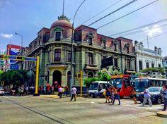 Av Wilson cruce con Paseo Colón, Lima