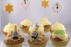 Silvester Cupcakes ♡ Cup Cakes, Cakes And More, Sweets, Drinks, Desserts, Food, New Years Eve, Pies, Backen
