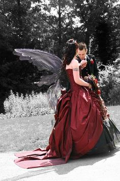 #goth wedding bride & groom... Wedding ideas for brides, grooms, parents & planners ... https://itunes.apple.com/us/app/the-gold-wedding-planner/id498112599?ls=1=8 … plus how to organise an entire wedding, without overspending ♥ The Gold Wedding Planner iPhone App ♥