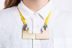Rebecca Radhammar. Necklace: bo & Bo, 2018. Wood, metal, textile.. BA graduate 2018.